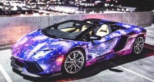 Autocolant Auto